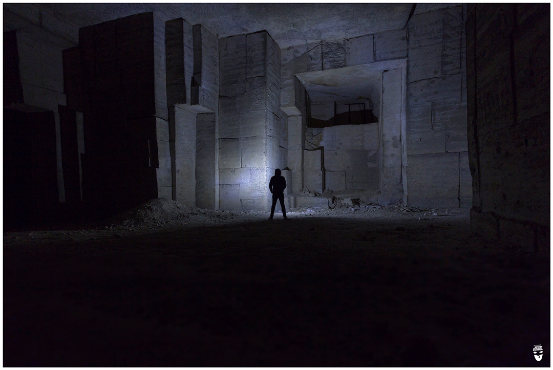 mine balrog exploration aventure sous terre batman gogol